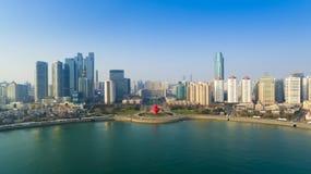 Qingdao kustlandskap Kina royaltyfria bilder