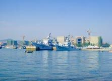 Qingdao skeppsdocka nära sjö- museum Royaltyfri Bild