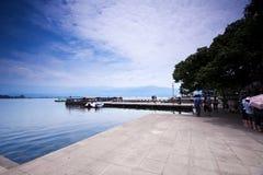 湖qionghai 免版税图库摄影
