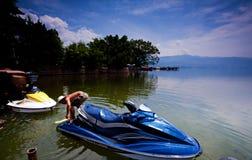 qionghai jeziorne łódź motorowa Zdjęcie Stock