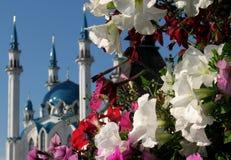 Qolşärif kwiaty i meczet Obrazy Stock