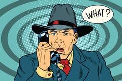 Qué sorprendió al hombre de negocios retro que hablaba en el teléfono ilustración del vector