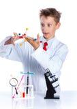 Químico entusiasta joven Foto de archivo