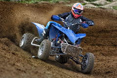 Quadbike ATV jeździec obrazy stock