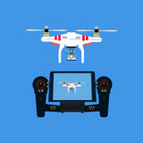 Quadcopter с камерой Стоковые Фотографии RF