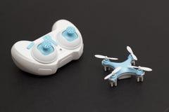 Quadcopter en Verre Controle Royalty-vrije Stock Foto