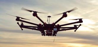 Quadcopter, helicóptero, abejón Foto de archivo libre de regalías