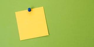 Quadrado amarelo vazio da nota Fotos de Stock