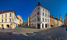 Quadrado cobbled centro da cidade de Ljubljana fotografia de stock