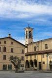 Quadrado da igreja Fotografia de Stock Royalty Free
