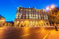 Quadrado de Azneft o 30 de maio em Baku, Azerbaijão Imagens de Stock