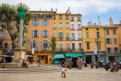 Quadrado de cidade em Aix-en-Provence, França Fotos de Stock Royalty Free