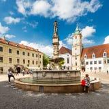 Quadrado de cidade principal na cidade velha em Bratislava, Eslováquia Fotos de Stock Royalty Free