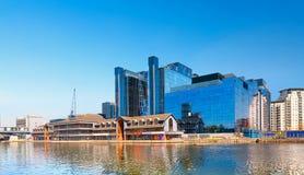 Quadrado de Harbour Exchange, Canary Wharf, Londres, Reino Unido imagem de stock