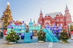 Quadrado de Manezh da decoração do Natal em Moscou Rússia fotos de stock