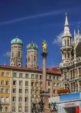 Quadrado de Marienplatz em Munich Alemanha Fotos de Stock Royalty Free