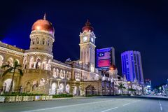Quadrado de Merdeka em Kuala Lumpur do centro na noite Imagens de Stock
