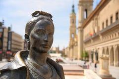 Quadrado de Plaza del Pilar em Zaragoza, Espanha imagem de stock