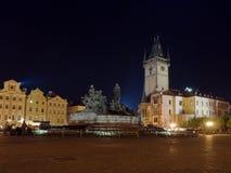 Quadrado de Praga na noite Fotografia de Stock Royalty Free