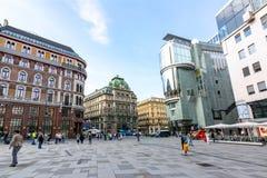Quadrado de Stephansplatz e rua de Graben no centro de Viena, ?ustria fotos de stock royalty free