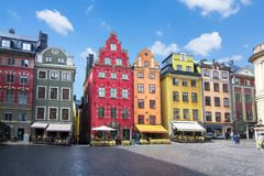 Quadrado de Stortorget na cidade velha Gamla Stan, centro de Éstocolmo, Suécia fotografia de stock
