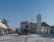 Quadrado do namesti de Masarykovo em Karvina - Frystat na república checa imagem de stock royalty free