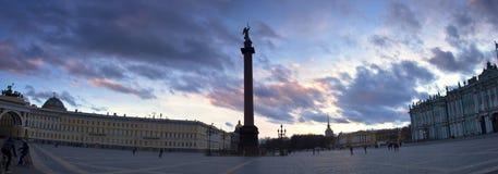 Quadrado do palácio, St Petersburg, Rússia Imagem de Stock