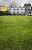 Quadrado do prado no castelo de Dublin imagem de stock