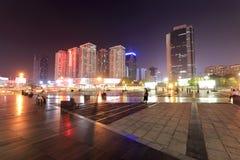 Quadrado do wai do wai do Cai da vista da noite da cidade de shenzhen imagens de stock
