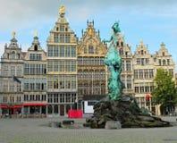 Quadrado em Antwerpen fotos de stock royalty free