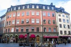 Quadrado em Gamla Stan ou cidade velha, Éstocolmo, Suécia fotografia de stock