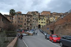 Quadrado em Siena, Itália foto de stock