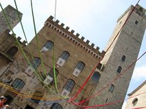Quadrado italiano durante um festival medieval foto de stock