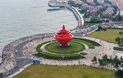 Quadrado maio de quarto em Qingdao, China foto de stock royalty free
