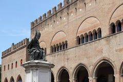 Quadrado Rimini de Cavour da estátua do papa Paul V Fotos de Stock