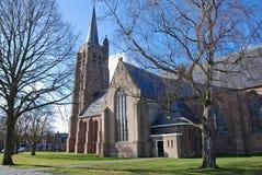 Quadrado romântico da vila da igreja Fotografia de Stock