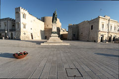 Quadrat in der Frontseite das Meer in Otranto Stockfotografie
