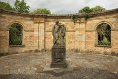 Quadrat im italienischen Garten Stockfotos
