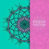 Quadrat laden Schablone ein Vektoreinladung mit Mandalagestaltungselement Runde Blumenverzierung Dekorativer Weinlesedruck Luxus- Stockfotos