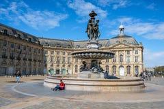 Quadrat Place de la Bourse im Bordeaux, Frankreich Lizenzfreies Stockfoto