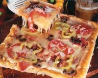 Quadratische Pizza. Lizenzfreies Stockbild