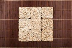 Quadratische Zusammensetzung von neun knusprigen Roggenknusprigen broten Lizenzfreie Stockfotografie