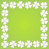 Quadratischer Rahmen des vierblättrigen Kleeblattes, Vektorillustration stockfotos