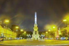 Quadrato alla notte, Lisbona di Rossio immagine stock libera da diritti