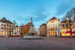 Quadrato centrale nella città olandese storica Deventer Fotografia Stock Libera da Diritti