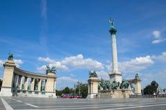 Quadrato degli eroi a Budapest fotografie stock libere da diritti