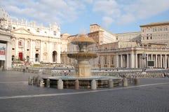Quadrato del San Pietro a Città del Vaticano Immagine Stock