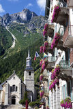 Quadrato del villaggio di Chamonix Mont Blanc, Francia Fotografie Stock