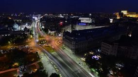 Quadrato dell'università del timelapse di Bucarest, Bucarest stock footage