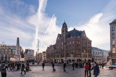 Quadrato della diga, Amsterdam di mattina Immagini Stock